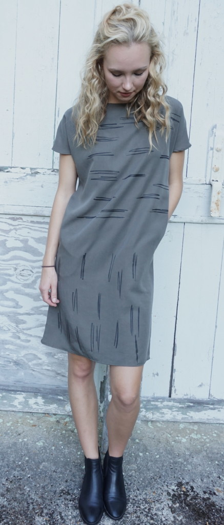Cail Dress in marsh with black print